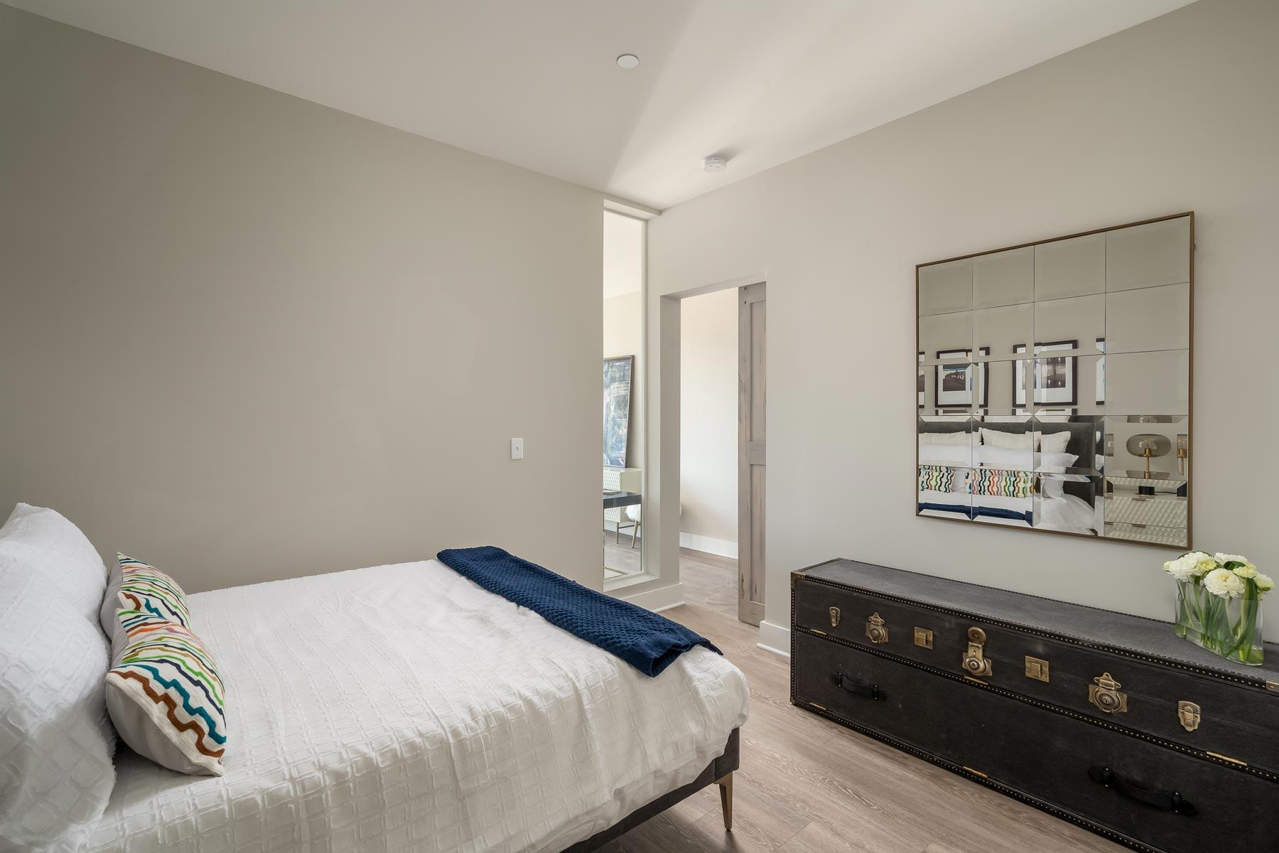 Valencia apartment bedroom